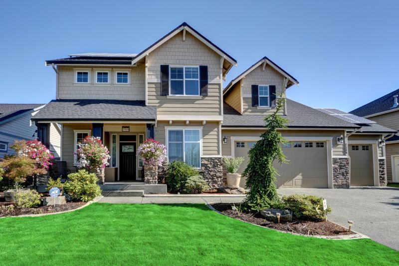 Beautiful Custom Built Home Downtown Puyallup