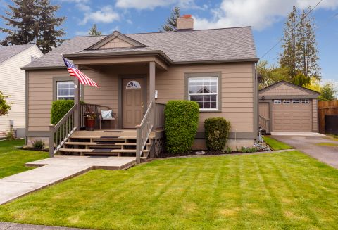 Adorable Home Downtown Puyallup